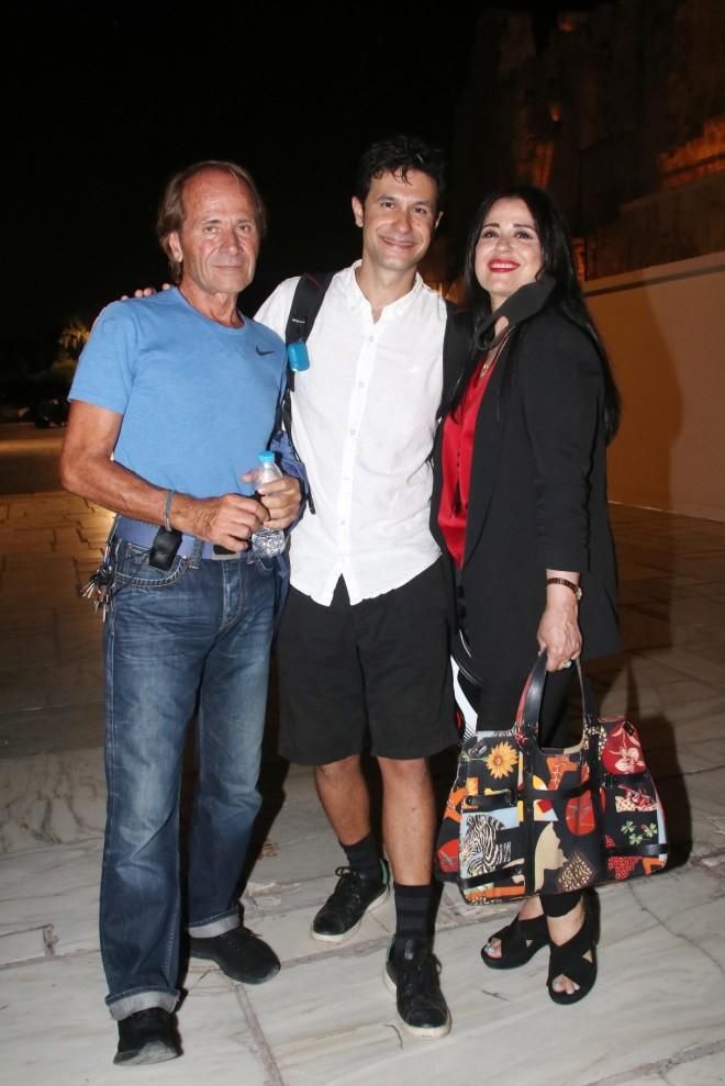 Ορφέας Αυγουστίδης με τους γονείς του