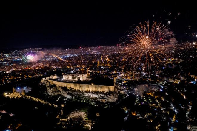 Πυροτεχνήματα στην Αθήνα την Πρωτοχρονιά