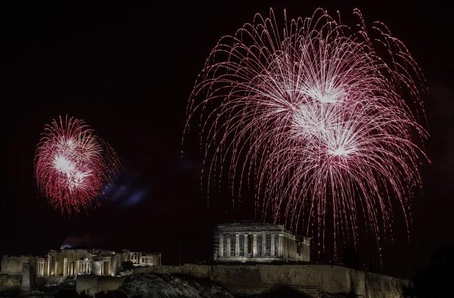Πρωτοχρονιά με πυροτεχνήματα