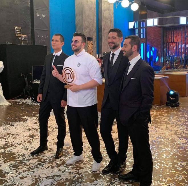 κοντιζάς ιωαννίδης κουτσόπουλος βαρθαλίτης περσινός νικητής Masterchef 5