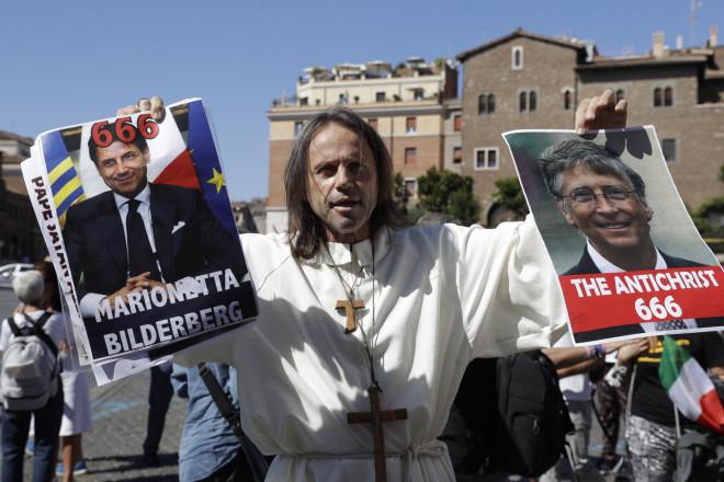 Αρνητής διαδηλωτής στην Ιταλία