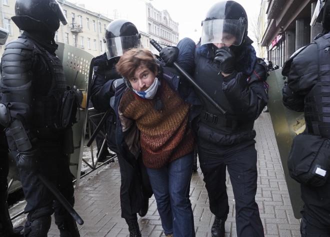 Βία και συλλήψεις στις διαδηλώσεις που έγιναν στη Ρωσία υπέρ του Ναβάλνι