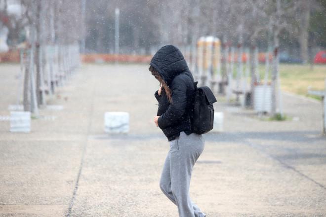 Χιονόπτωση στηΘεσσαλονίκη σήμερα Σάββατο 13 Φεβρουαρίου