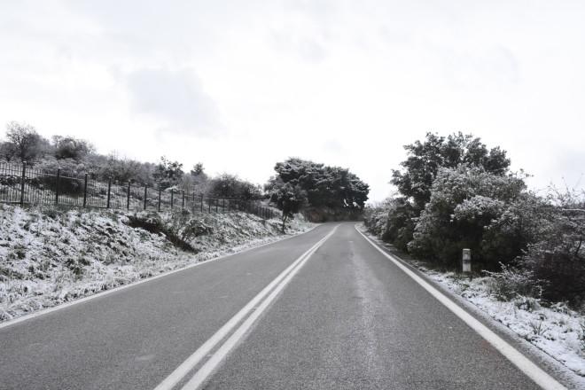 Χιόνια δρόμος