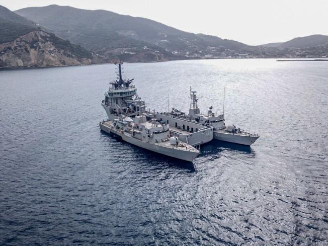 Εντυπωσιακές εικόνες από την άσκηση του Πολεμικού Ναυτικού στο Αιγαίο