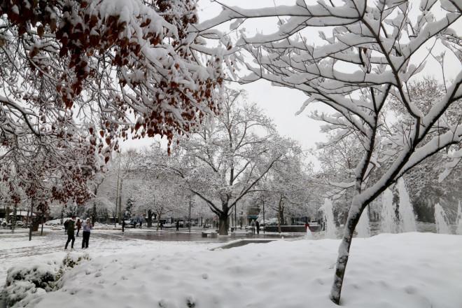 Χιόνια στη Λάρισα