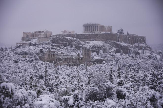 χιονισμένη Ακρόπολη