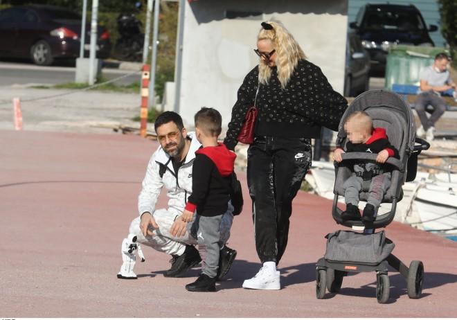 .Γιώργος Γιαννιάς-Ελευθερία Παντελιδάκη με τους γιους τους Στέφανο και Αντώνη