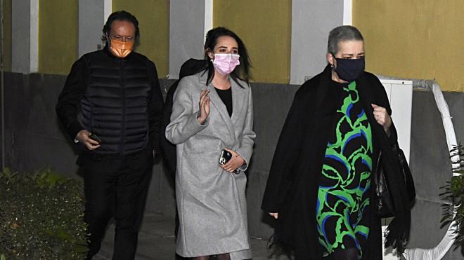 Διονύσης Παναγιωτάκηςκαι Ελένη Κούρκουλα κατά την προσέλευσή τους χθες στην Ευελπίδωνγια να καταθέσουν για την υπόθεση Λιγνάδη- φωτογραφία NDP