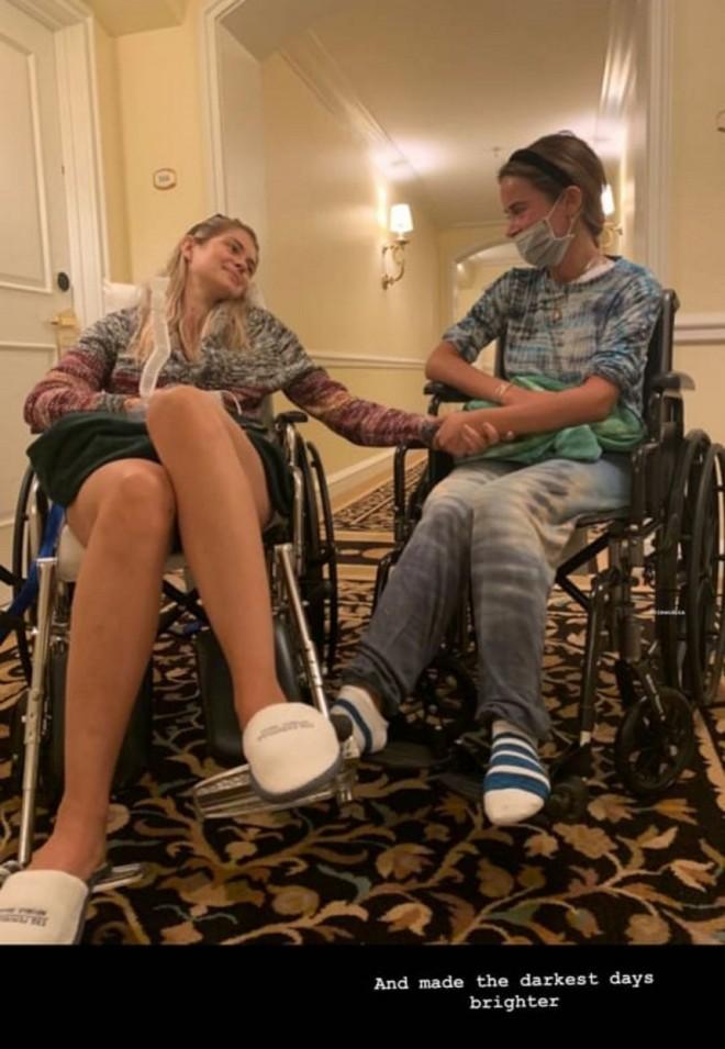 αμαλία κωστοπουλου αναπηρικό αμαξίδιο
