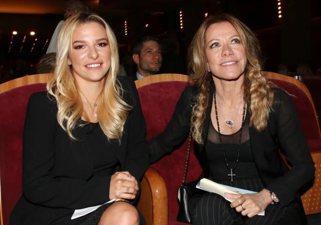 Η Εριέττα Κούρκουλου με τη μητέρα της, Μαριάννα Λάτση