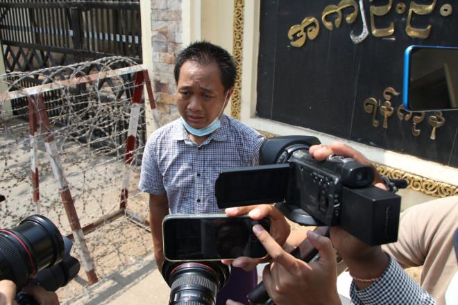 Οδημοσιογράφος του Associated Press, Θέιν Ζάου, που απελευθερώθηκε μετά από έναν μήνα