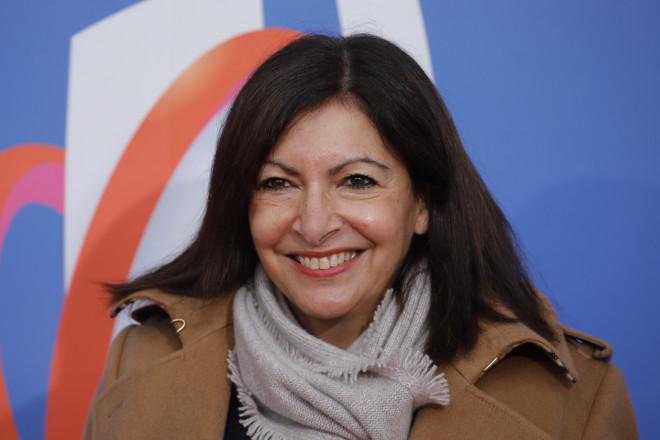 Η δήμαρχος του Παρισιού,Αν Ινταλγκό - φωτογραφία ΑΡ