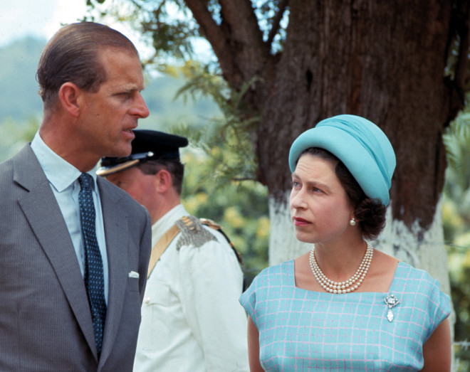 Η Βασίλισσα ΕΛισάβετ Με τον πρίγκιπα Φίλιππο σε ταξίδι τους
