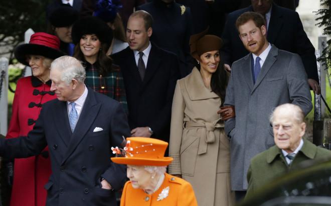 H βασιλική οικογένεια της Βρετανίας- φωτογραφία ΑΡ