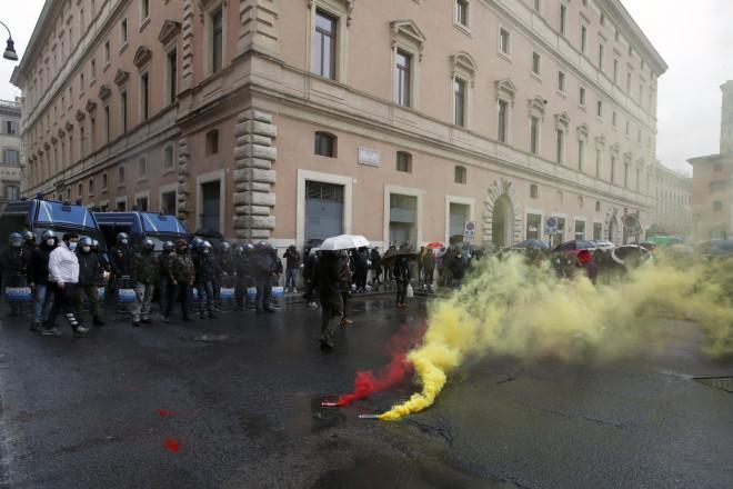 Διαμαρτυρία στη Ρώμη για το lockdown