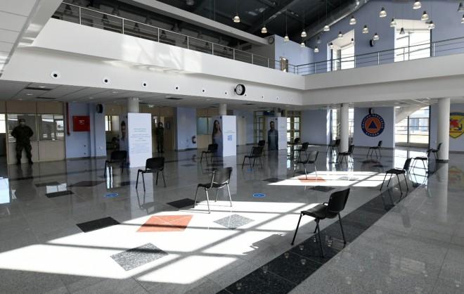 Το εσωτερικό τουεμβολιαστικού κέντρου στηνΠάτρα- φωτογραφία ΙΝΤΙΜΕ