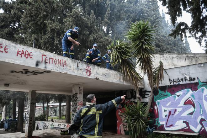 Πυροσβεστικές δυνάμεις στο άλσος Καισαριανής- φωτογραφία Eurokinissi