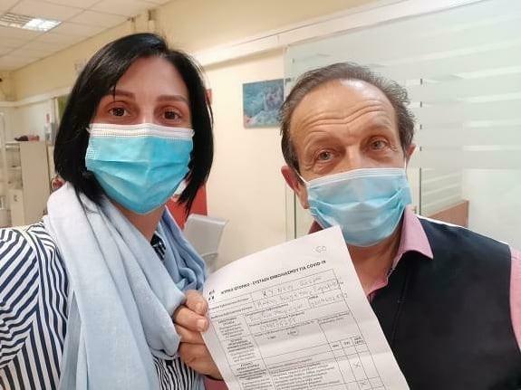 Σπύρος Μπιμπίλας έκανε το εμβόλιο του κορωνοϊού
