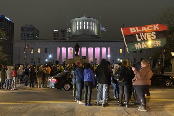 διαδηλωτές για τη δολοφονία της 16χρονης στο Οχάιο