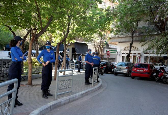 αστυνομία στην πλατεία Αγίου Γεωργίου