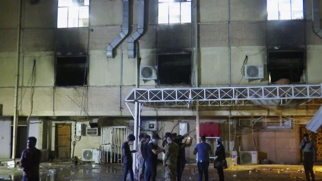 φωτιά σε νοσοκομείο στη Βαγδάτη