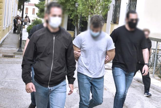 Ο 32χρονος που κατηγορείται για τη δολοφονία 60χρονου στα Καλύβια