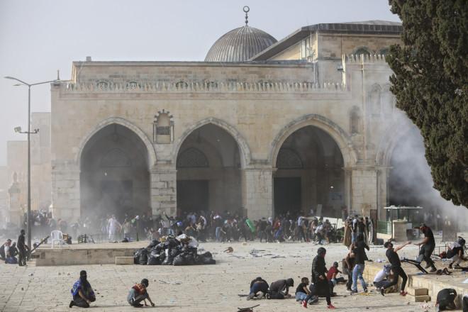 Χάος στην πλατεία των Τζαμιών