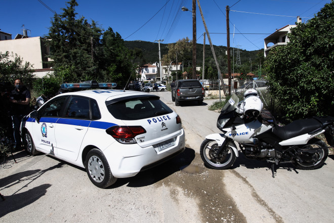 Αστυνομία έξω από το σπίτι στα Γλυκά Νερά