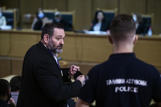 Ο ευρωβουλευτής Γιάννης Λαγός στη δίκη της Χρυσής Αυγής- φωτογραφία Eurokinissi