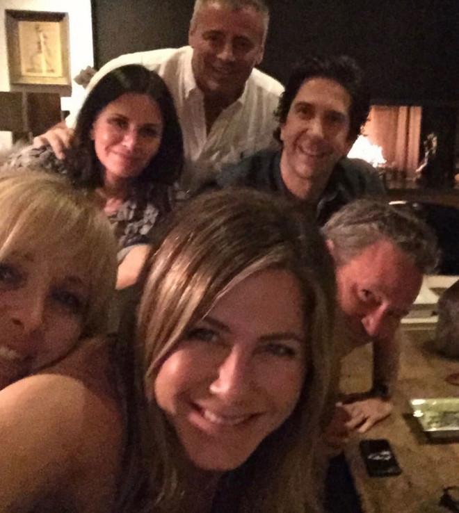 Lisa Kudrow Jenniofer Aniston Courtney Cox David Schwimer, Matthew Perry, Matt Le Blanc