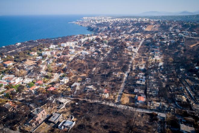 Αεροφωτογραφία πάνω από το Μάτι, έναν μήνα μετά τη φονική πυρκαγιά του 2018- φωτογραφία Eurokinissi