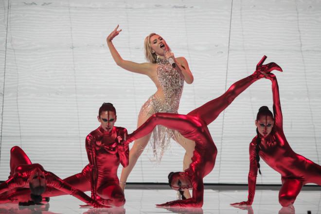 Η εντυπωσιακή εμφάνιση της Έλενας Τσαγκρινού στον Α' ημιτελικό της Eurovision