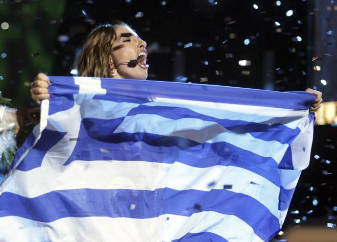 Η Έλενα Παπαρίζουπανηγύρισε με την ψυχή της την νίκη της στη Eurovision 2005