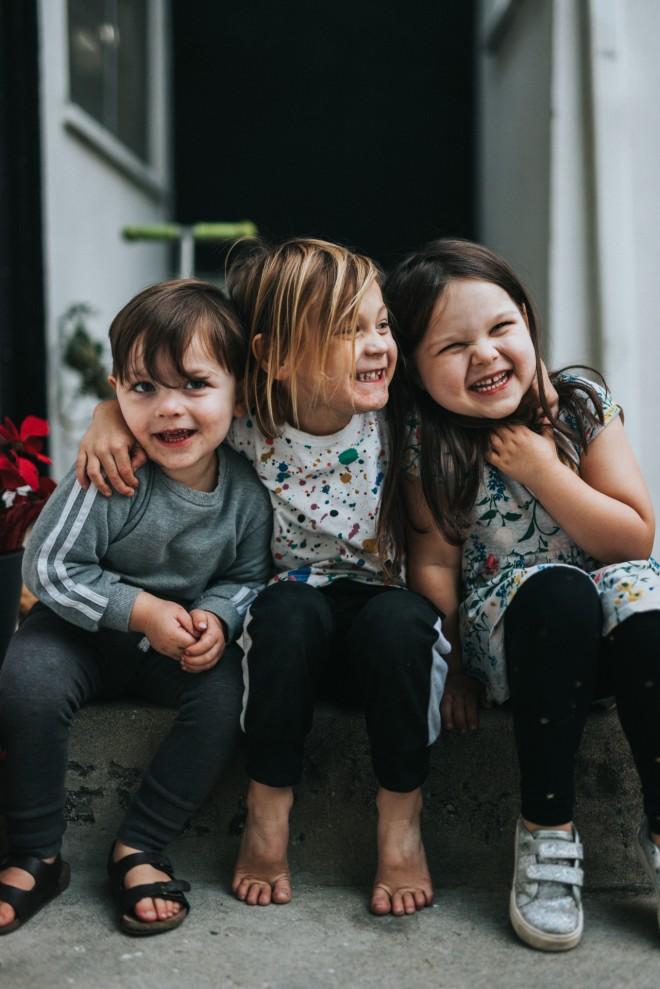 παιδιά χαμογελούν