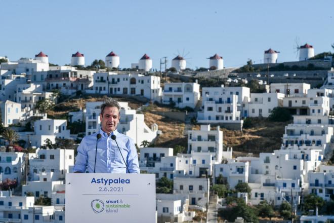 Στιγμιότυπο από την ομιλία του Πρωθυπουργού στην Αστυπάλαια- φωτογραφία Eurokinissi