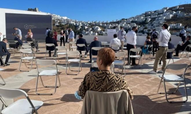Στιγμιότυπο από την εκδήλωσημε θέμα «Αστυπάλαια: ένα έξυπνο και βιώσιμο νησί. Επισκόπηση προόδου: από το όραμα στην πράξη»