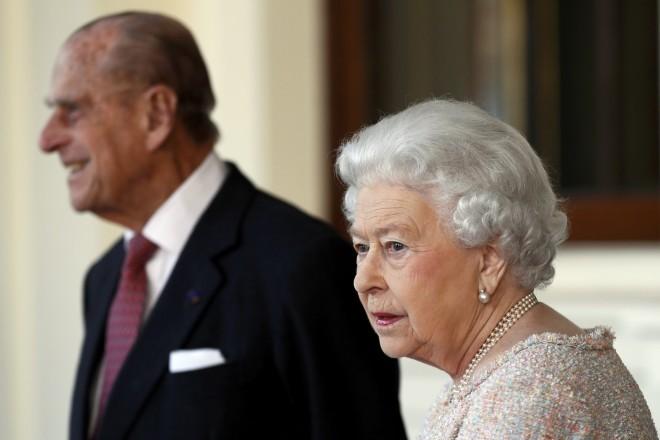 Ο Δούκας του Εδιμβούργου με τη Βασίλισσα Ελισάβετ σε μεγάλη ηλικία