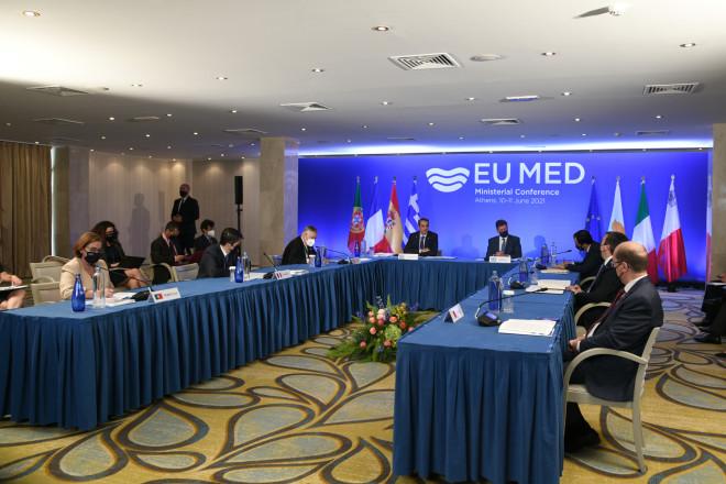 Στιγμιότυπο απότην υπουργική Σύνοδο της MED7 σε ξενοδοχείο της Βουλιαγμένης- φωτογραφία Eurokinissi