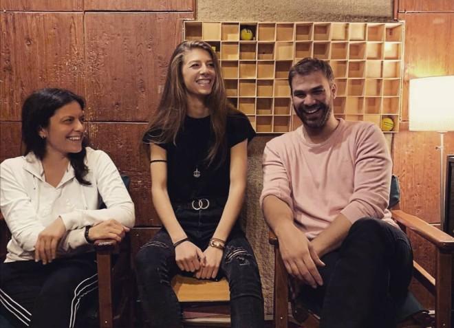Η Ελευθερία Παπαμιχαήλ μαζί με τον Γιώργο Σαμπάνη και την Ελεάνα Βραχάλη