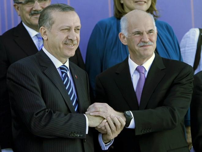Tαγίπ Ερντογάν και Γιώργος Παπανδρέου, το 2010- AP Photo/Petros Giannakouris
