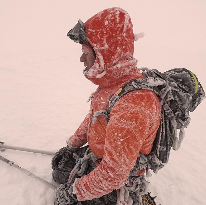 Ο κ. Θεοχάρης αναφέρθηκε στις αντικειμενικές δυσκολίες που έχει η ανάβαση σε ένα ψηλό βουνό