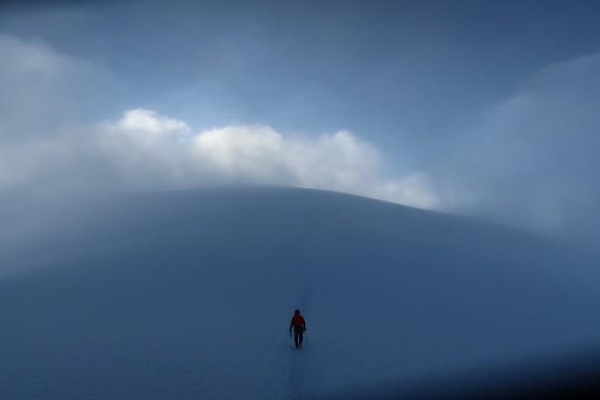 Ο Φώτης Θεοχάρης έχει καταφέρει μέχρι στιγμής να ανεβεί στις μεγαλύτερες οροσειρές του κόσμου
