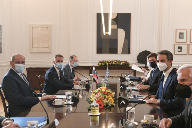 Η ανακαινισμένη αίθουσα συνεδριάσεων - πηγή Εurokinissi