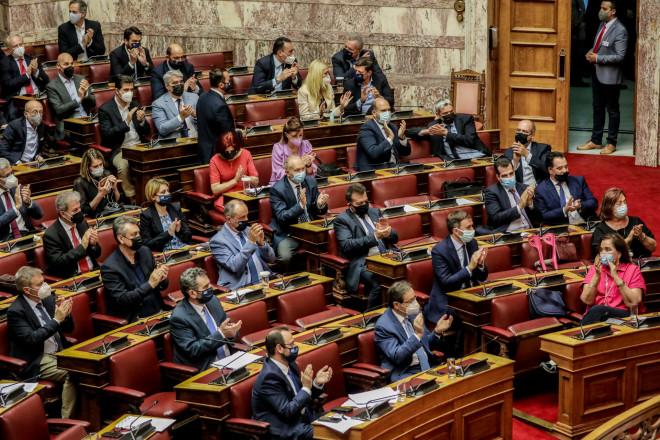 Στιγμιότυπο από την Ολομέλεια, κατάτην ψήφιση του εργασιακού νομοσχεδίου- Eurokinissi