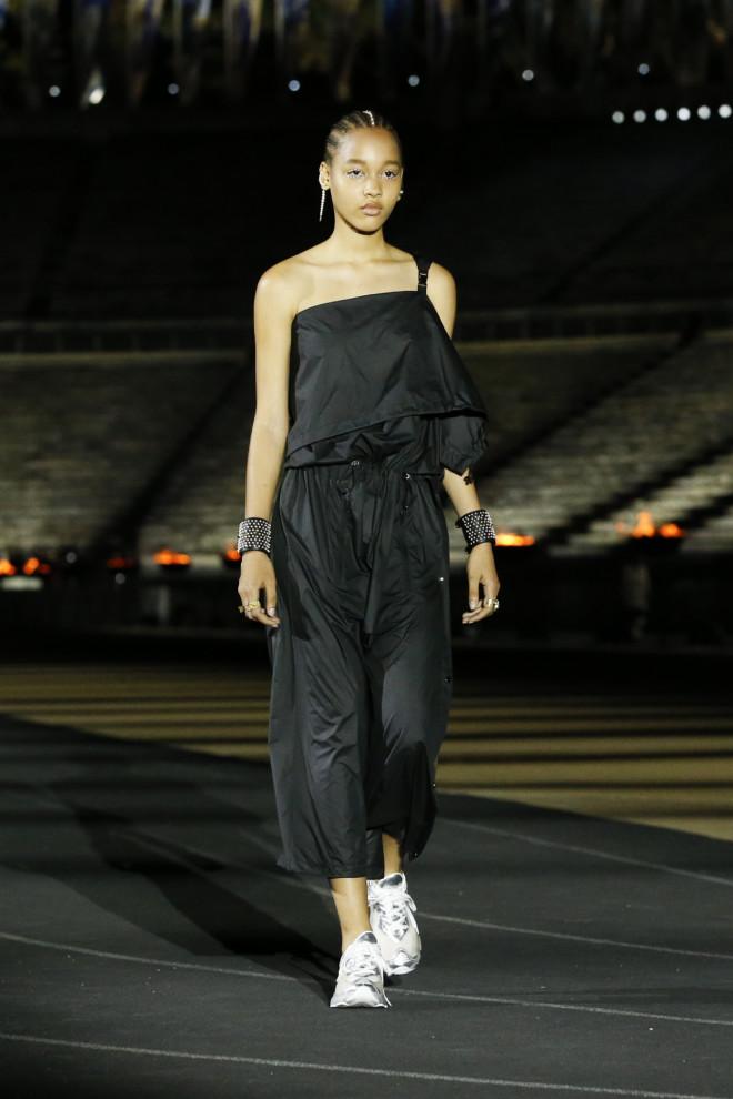 dior ντιόρ πασαρέλα fashion show