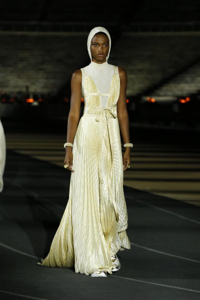 ντιόρ πασαρέλα dior fashion show cruise show
