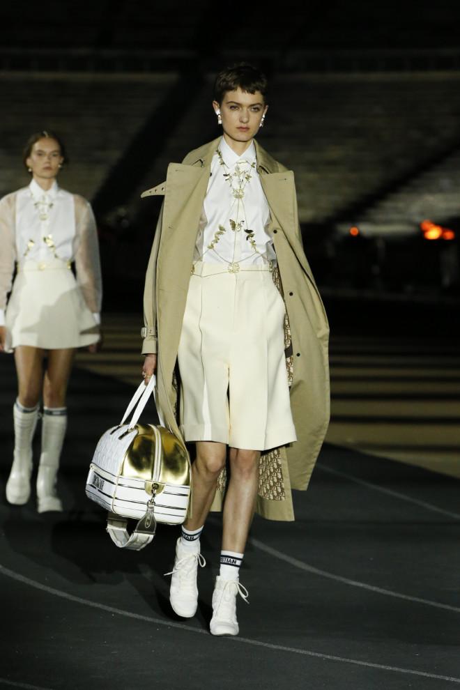 ντιόρ πασαρέλα dior fashion show cruise collection