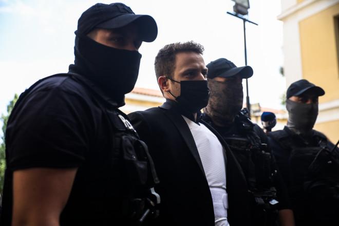 Υπό δρακόντεια μέτρα ασφαλείας στην Ευελπίδων ο καθ' ομολογίαν δράστης της δολοφονίας της Καρολάιν - Eurokinissi