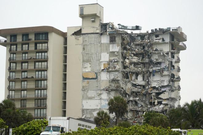 Τοκτίριο που κατέρρευσεστο Μαϊάμι -ΑΡ